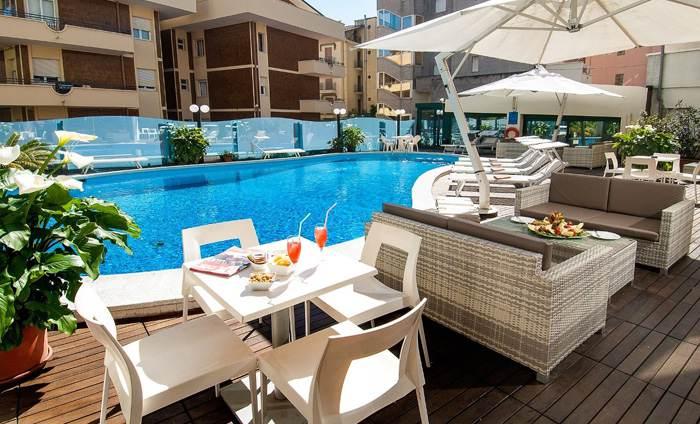 piscina-appartamenti